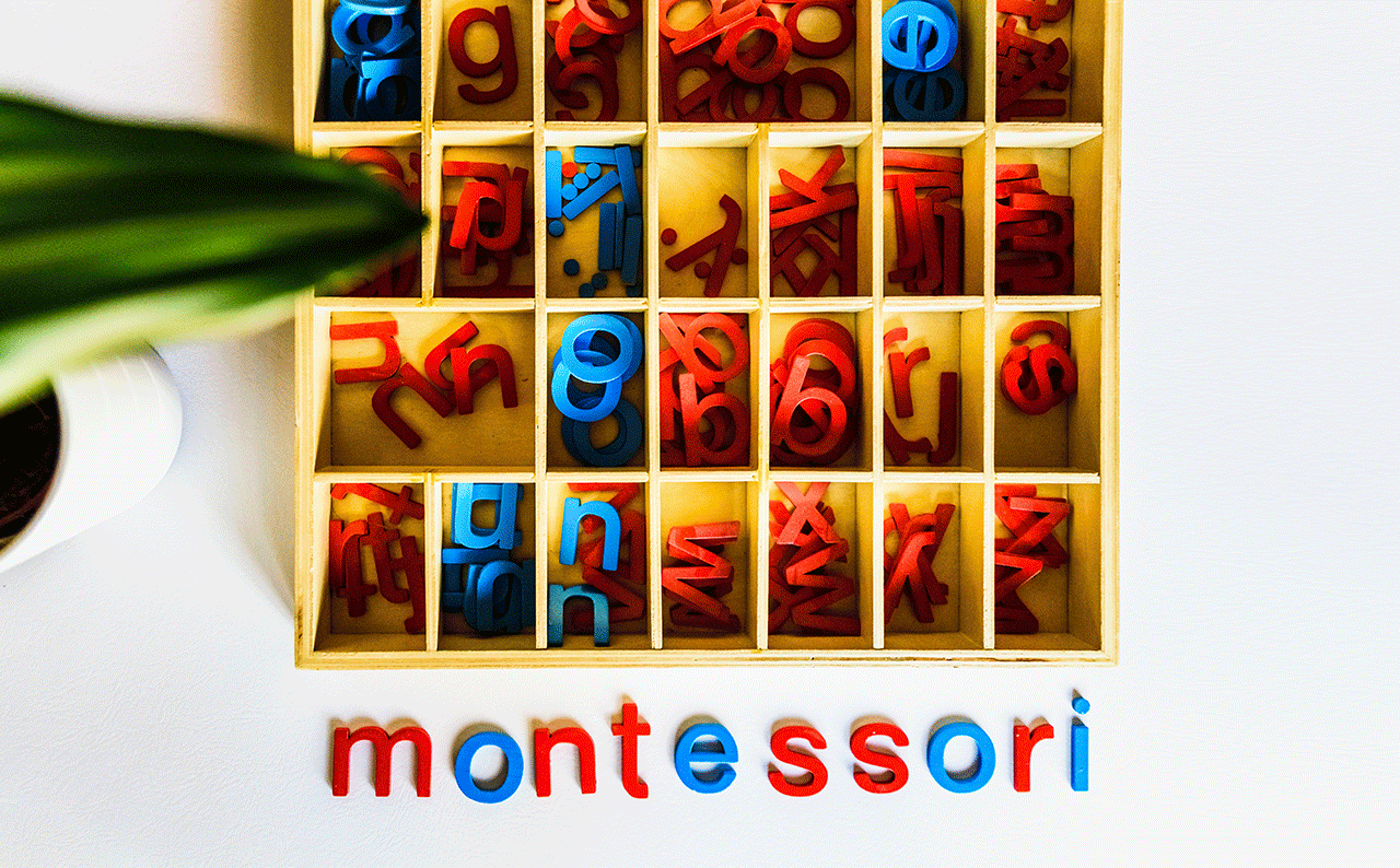 5 Ways to Live a Montessori Life